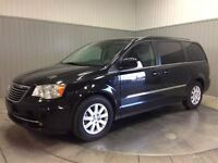 2014 Chrysler Town & Country Touring STOW N  GO MAGS