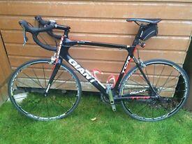 """GIANT"" TCR Advanced Carbon Fibre Road Bike-"