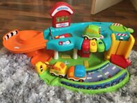 Little Tikes Garge with Cars