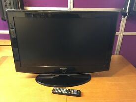 """Samsung 32"""" LCD TV in excellent used condition."""