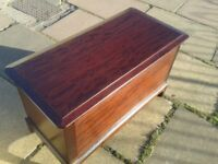 Stag Mahogany Blanket Chest