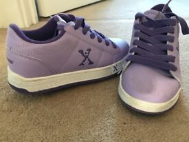 Girls and boys wheel trainers
