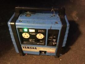 Yamaha EF1000 Suitcase Generator