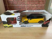 Mini Cooper radio controlled car 1:18 brand new