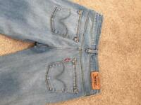 Ladies levis jeans, size 10. Mint condition!