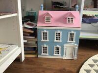 Wooden dollshouse
