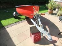 ROWING BOAT/DINGY TENDER WITH OARS ON GALVANISED ROAD TRAILER