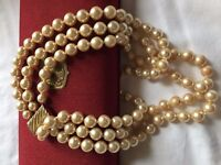 GORGEOUS TRIPLE GRADUATED STRAND MAJORICA PEARL NECKLACE IN BOX