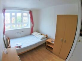 Bright Double Room - Clapham South - Including Bills