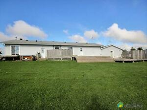 $700,000 - Acreage / Hobby Farm / Ranch for sale in Mount Forest Kitchener / Waterloo Kitchener Area image 3
