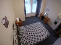 NICE AND BIG DOUBLE ROOM - PERFECT LOCATION