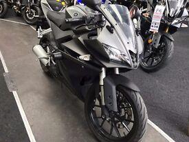 Yamaha YZF R125 ABS 2015