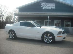 2008 Ford Mustang GT/5SPD/49KM!!!!