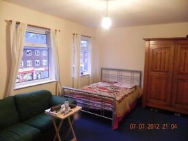 Large Double Room - Ruislip Gardens Stn - £150/week