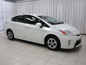 2015 Toyota Prius THE WORLD-RENOWNED PRIUS IS HERE FOR YOU!!