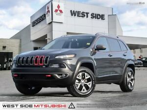 2016 Jeep Cherokee Trailhawk-One Owner-Accident Free-