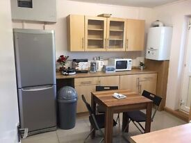 CHEAP SINGLE IN CLEAN HOUSE, 105pw BILLS & WIFI INCLUDED