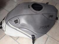 Yamaha FJR 1300 tank cover