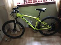 Selling Gt Avalanche Sport Bike