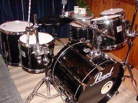 Pearl Studio Drum Kit Midnight Quartz Lacquer & Pearl Ltd Maple Snare Protection Racket Cases