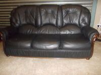 Italian Black Leather 3-1-1 Suite