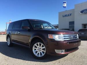 2010 Ford Flex SEL FWD 6 passenger excellent condition