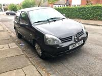 Renault Clio 1.2 - 12 months MOT and FSH