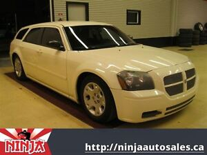 2005 Dodge Magnum SE Very Cool And Great Value!