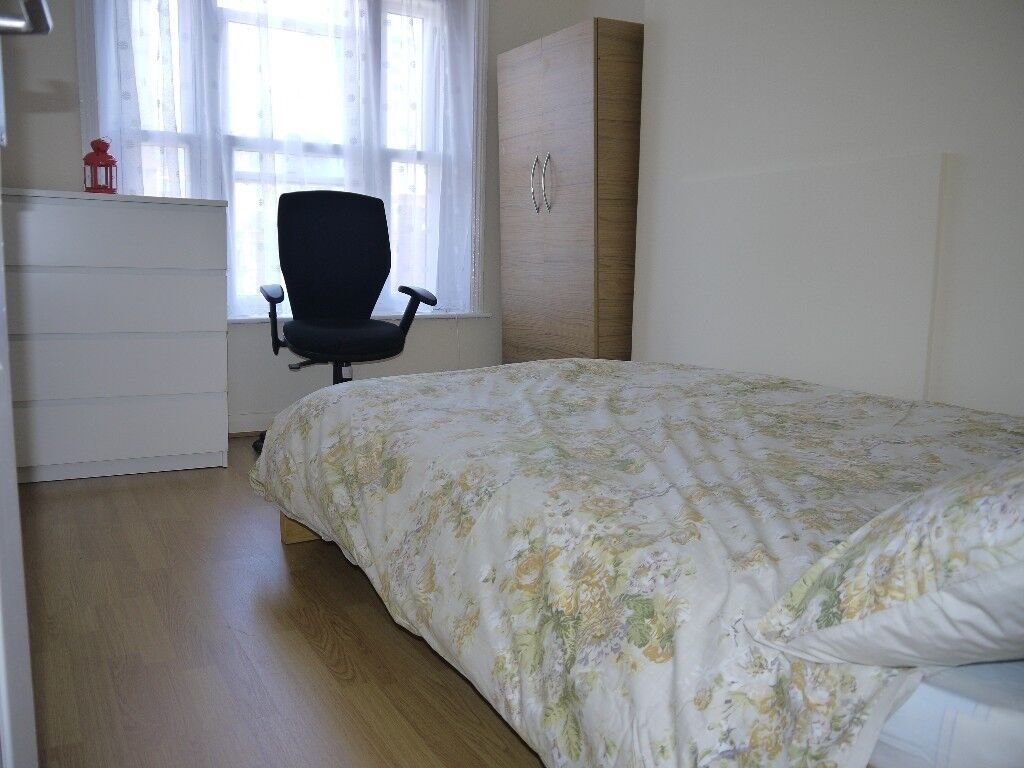 STUNNING 2 BEDROOM FLAT IN EAST LONDON ACCEPTING HOUSING BENEFITS