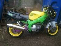 Yamaha fzr 600 95