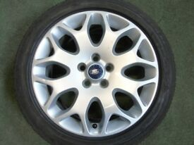 17inch Ford Alloys x4 - 2 good low profile tyres 205.50.17