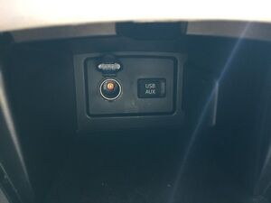 2011 Toyota Camry LE London Ontario image 19