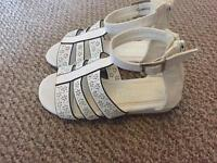 New girls sandals infant size 9