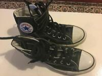 Converse trainers size 6 excellent condition