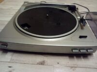 Aiwa turntable record player