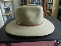 very stylish genuine coober Pedy Australian hat