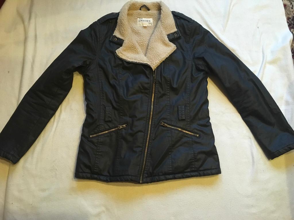 Ladies Indigo waxed-feel black jacket size 12, Faux-fur collar, Used £7