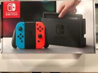 * LIKE NEW * NINTENDO SWITCH 32GB CONSOLE RED & BLACK CONTROLLER + BOX & ACCESSORIES