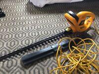 JCB 600 watt JCB-HT60600F Hedge Trimmer