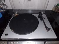 Pro-Ject DEBUT ORTOFON CARTRIDGE AND STYLUS 33 , 45 , 78 speeds..BARGAIN PRICE OF 85 POUNDS V.G.C.