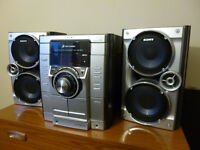 Sony hi-fi radio/cd player and double cassette player and recorder with stereo speakers