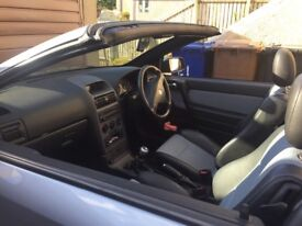 Vauxhall Astra Convertible 1•8