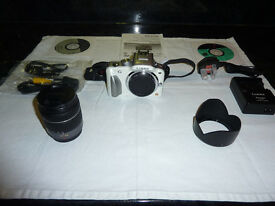 Panasonic Lumix DMC - G3K DSLR with G Vario 14-42mm f/3.5-5.6 ASPH Mega OIS Lens