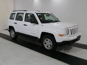 2016 Jeep Patriot Sport *ONLY 14,643 kms*