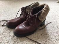 Ladies Boots - brown leather, hardly worn. Size 5 / 38.
