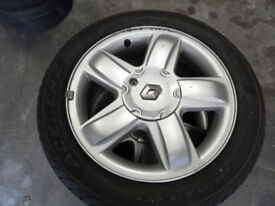 Renault alloy wheels and tyres