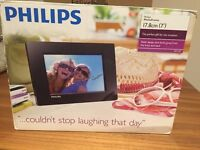 Philips Digital PhotoFrame 17.8cm- Brand New box piece