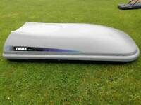 Thule Alpine 100 roof box