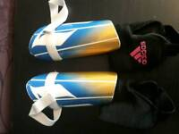 Shin guards Adidas junior size M