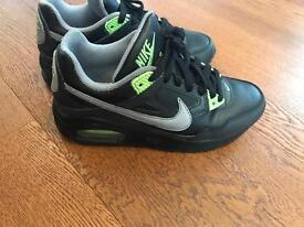 Boys Nike size 3